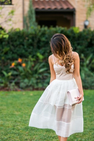 petite fashion blog, lace and locks, los angeles fashion blogger, valentine's day outfit, vivian chan skort, pink and white outfit, romantic fashion, streetstyle, outfit of the day