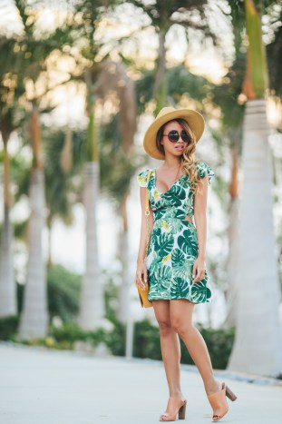 petite fashion blog, lace and locks, los angeles fashion blogger, For Love & Lemons & Urban Outfitters Tropical Leaf Dress, brown mules for women, beach dress