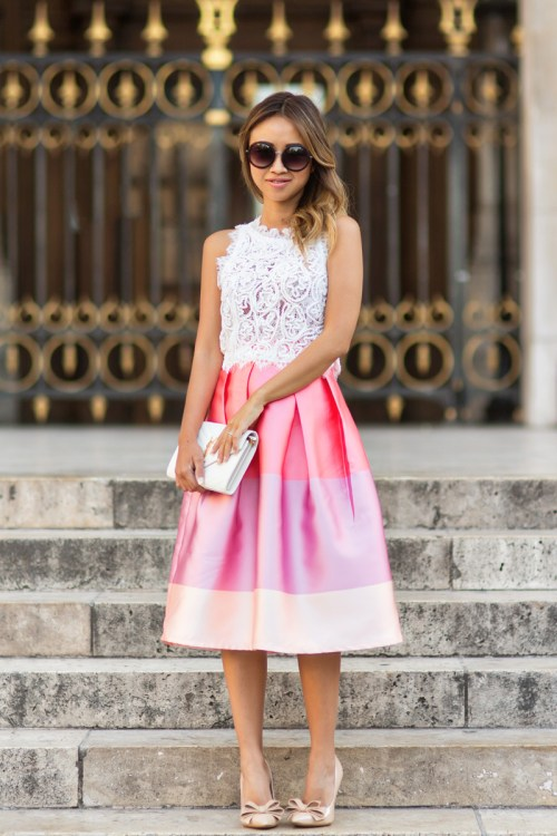 petite fashion blog, lace and locks, los angeles fashion blogger, paris fashion blog, chicwish skirt, cute midi skirt, colorblock skirt, travel blogger