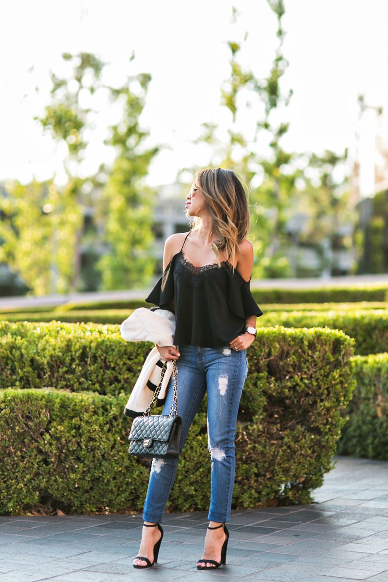 petite fashion blog, lace and locks, los angeles fashion blogger, oc fashion blogger, cold shoulder top, daniel wellington, high rise jeans, fall fashion, fall jeans