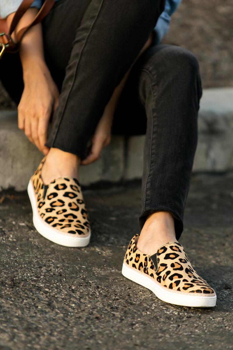petite fashion blog, lace and locks, los angeles fashion blogger, oc fashion blogger, fall outfit, nordstrom fall fashion, casual ugg, ugg shoes