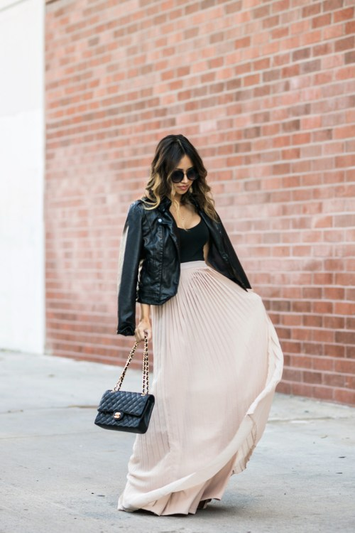 petite fashion blog, lace and locks, los angeles fashion blogger, oc fashion blogger, pleated maxi skirt, morning lavender boutique, feminine fashion