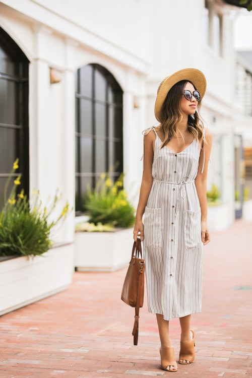 lace and locks, petite fashion blogger, spring trends, cute stripe midi dress, spring striped dress, cute morning lavender dress, cute mules
