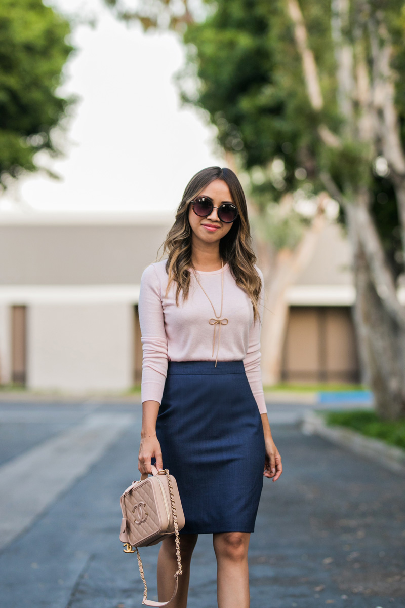 lace and locks, petite fashion blogger, banana republic skirt, banana republic women office look, orange county fashion blogger, la fashion blog