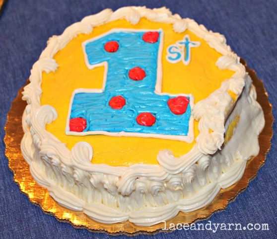 Primary color first birthday smash cake -- laceandyarn.com