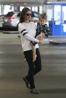 Mila Kunis Takes Daughter Library In Beverly