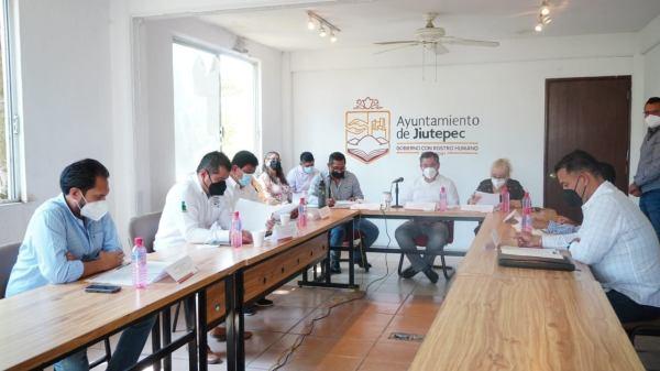Alcalde de Jiutepec, Rafael Reyes Reyes garantiza continuidad de suministro de agua potable en el municipio