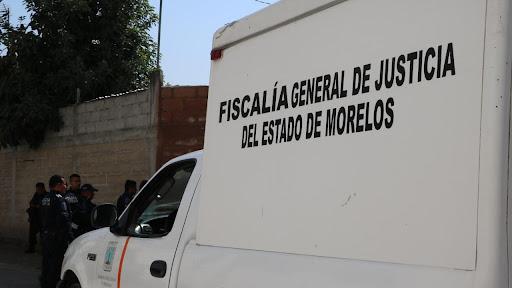 Asesinan a un hombre y dejan su cuerpo con impactos de bala en una canal de riego en el poblado Oacalco en Yautepec