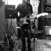 Interview Découverte : le magnifique guitariste Éric Sauviat