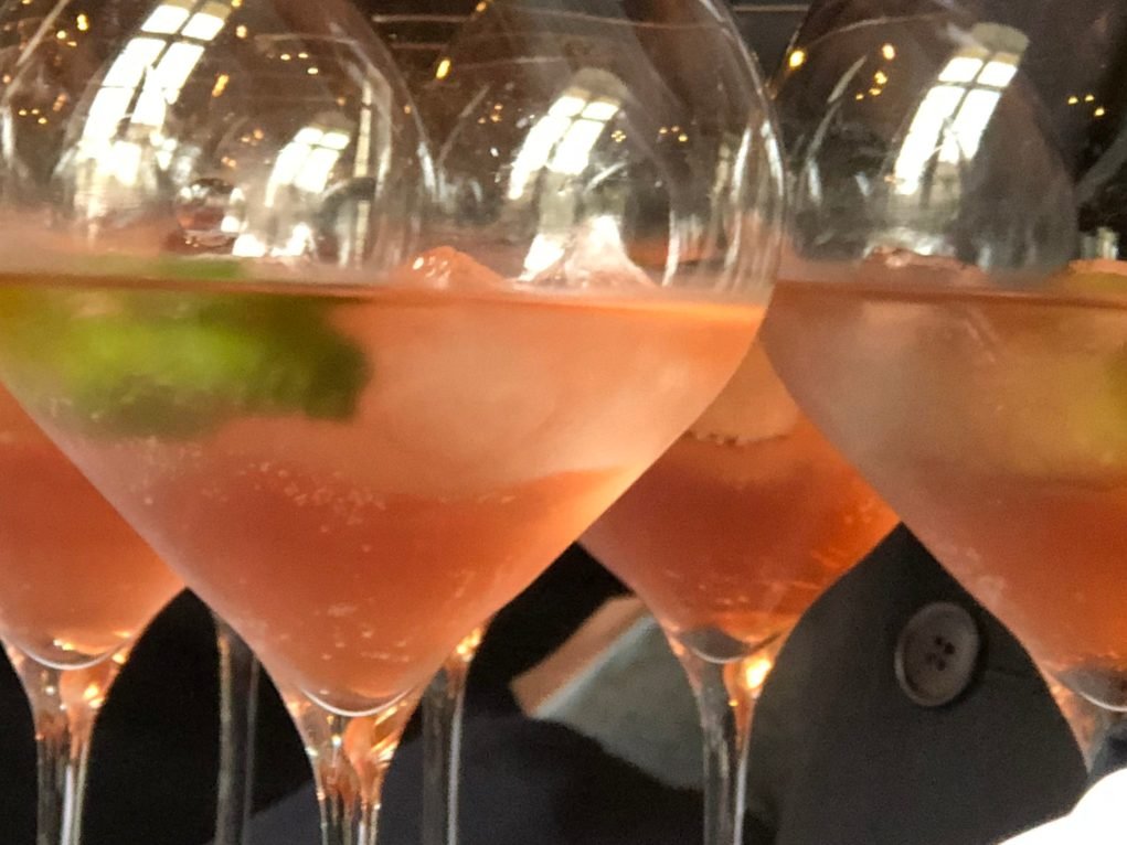 Une autre manière de déguster du champagne rosé. Le Rich rosé.