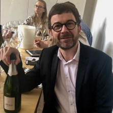 Sébastien Moncuit, chef de caves de Mailly Grand Cru avec sa Composition parcellaire, extra brut 2012.