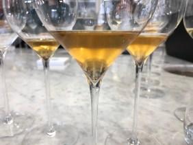 Emotion et histoire pour une dégustation de très vieux champagnes.