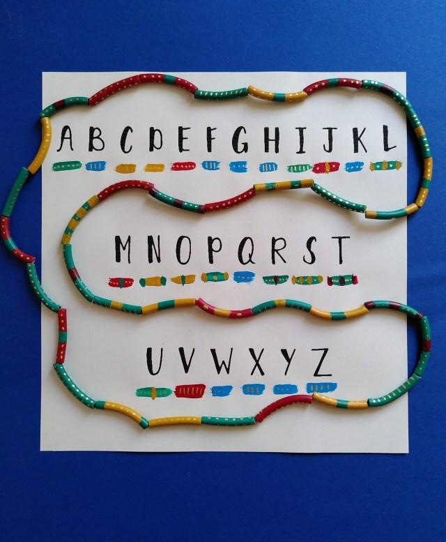 collier de nouilles pour ma maman- Alphabet chasse au trésor