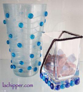 vasi con gemme di vetro