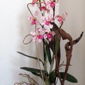 vaso ceramica decorato con composizione floreale www.lachipper.com