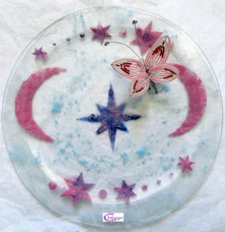 piatto vetro fuso con farfalla di perline www.lachipper.com