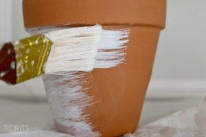 decorare un vaso di terracotta www.lachipper.com
