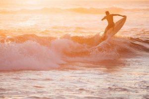 surfing in el paredón