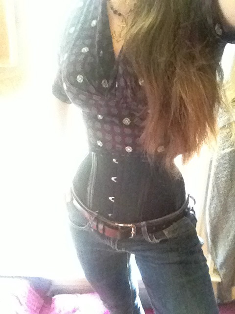 Styling Corsets 2 In Pictures Getting Little In The Middle