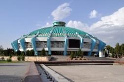 Circo de Tashkent de 1976. Arquitectos: G. Alexandrovich, S. Berkovich, Y. kosel, R. Muftakov