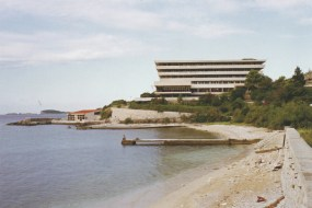 Hotel Pelegrin, Kupari, Croacia, 1963. arquitecto D. Finci