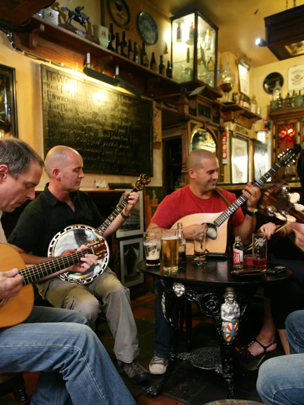 Great local pubs and live music