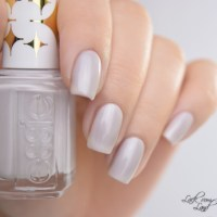 [Review] essie • Cabana Boy (Retro Revival Collection 2016)