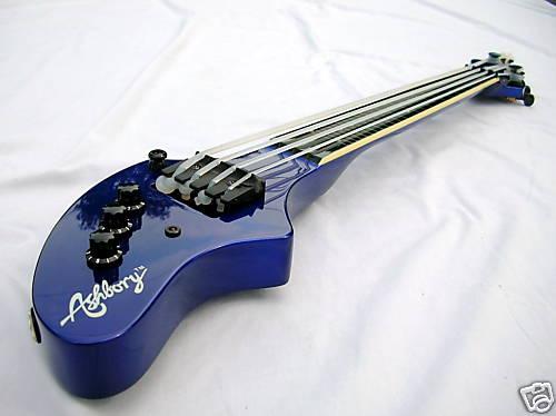 Ashbory Bass |Créditos: bass-guitar-museum.com