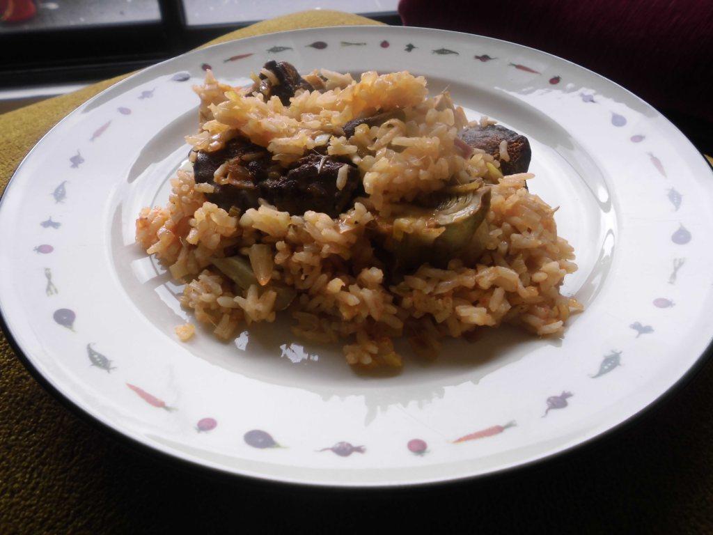 Receta arroz con alcachofas e higados de pollo