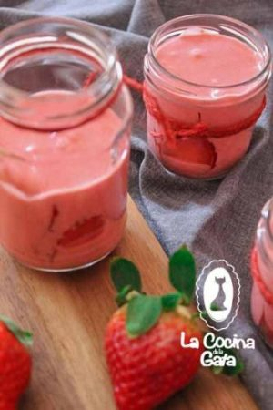 Vasitos de Mousse de Fresas