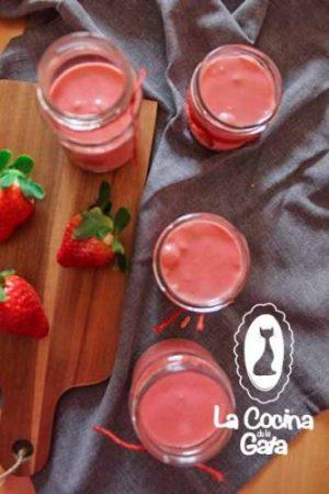 ¡Mousse de Fresas, a la Nevera!