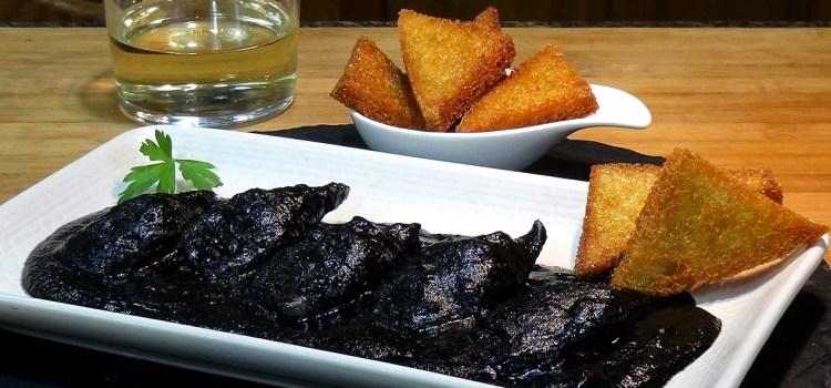 Chipirones o calamares en su tinta, receta tradicional, fácil y deliciosa