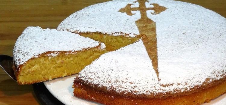 Tarta de Santiago fácil (Bizcocho de almendras) SIN GLUTEN Y SIN LACTOSA. Tarta de almendras muy fácil y rápida de hacer y que está más que deliciosa