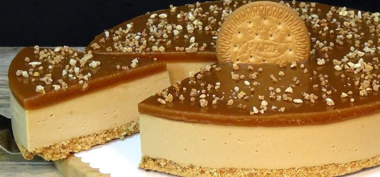 TARTA DE GALLETAS MARIA Y CARAMELO, FÁCIL Y SIN HORNO. Los ingredientes de esta tarta combinan a la perfección y hacen que sea algo realmente delicioso e irresistible
