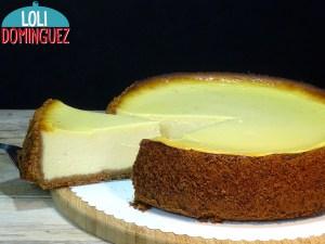 TARTA FÁCIL DE QUESO Y YOGUR QUE ESTA ¡¡RIQUISIMA!! Una receta de tarta de queso fácil y deliciosa que se prepara fácilmente y que esta tan rica que no necesita ningún acompañamiento como mermelada por ejemplo