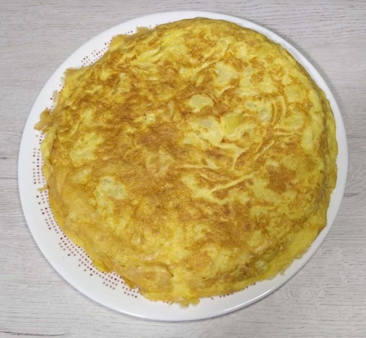 Tortilla de patatas en el microondas, tortilla de patatas muy fácil y casi sin aceite