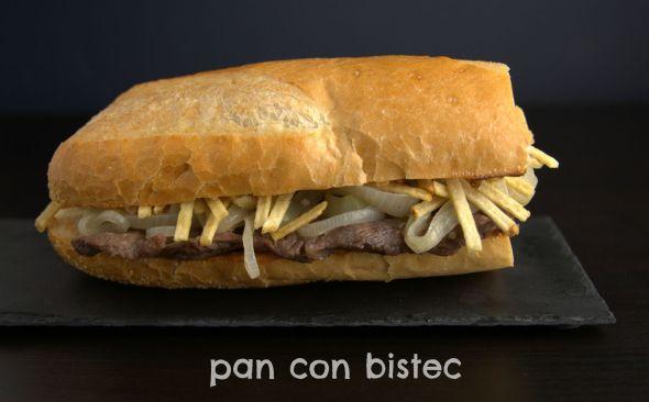 Pan con bistec