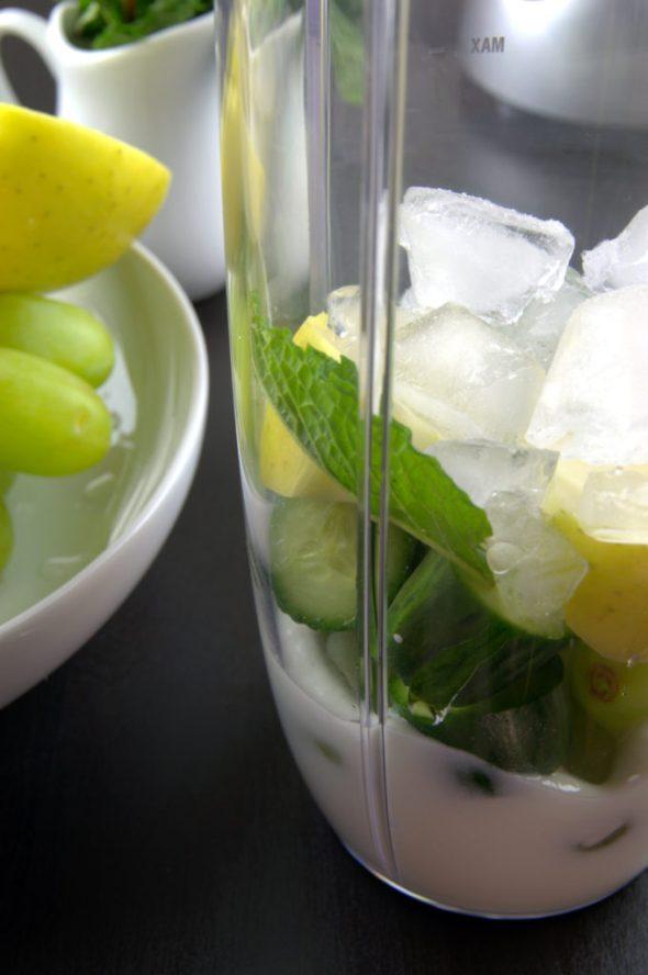 Smoothie verde refrescante
