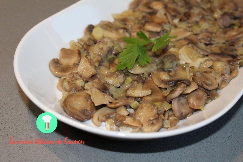champiñones-laminados-con-puerros