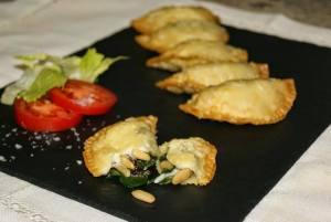 empanadillas-espinacas-pasas