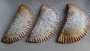 Hojaldres dulces empanadillas