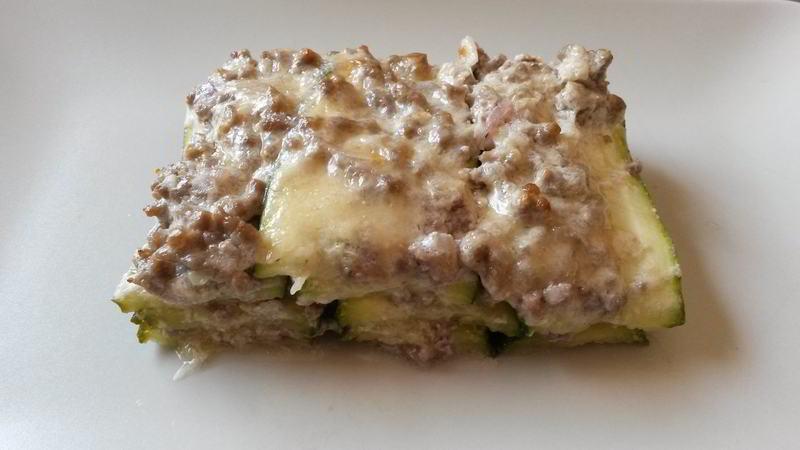 Lasaña verde de calabacín y carne