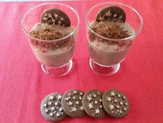 cuajada-de-chocolate-con-galletas