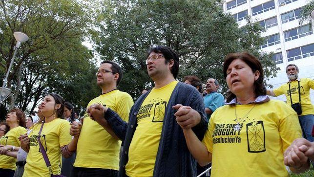 centenar-policias-desplegados-sentencia-paraguay_ediima20160711_0491_4.jpg