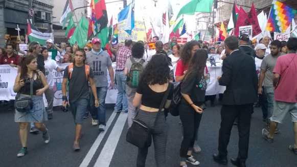 Marcha #Fuera OMC