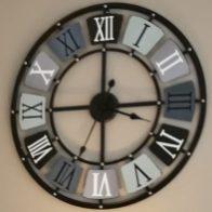 Horloge de la COLOC'ANGEVINE, colocation à Angers proche UCO, ESA, Chevrollier