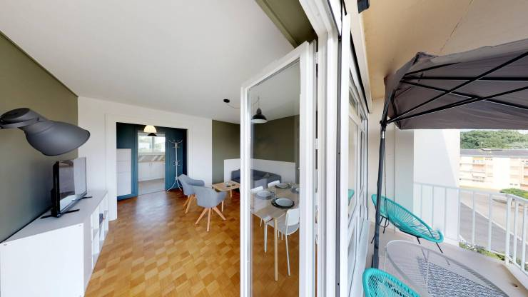 La COLOC ANGEVINE Premium - Balcon vers salon
