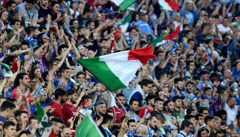 La classifica dei tifosi in Italia: Juve prima, cresce il Milan. Nell'articolo i club piu' tifati del nostro Paese