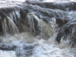 las-cascadas-rio-quequen