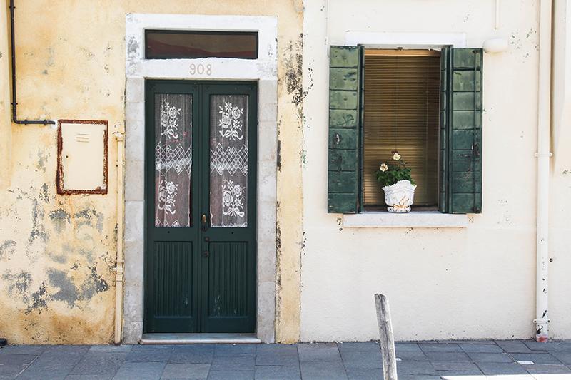 burano petite maison colorée